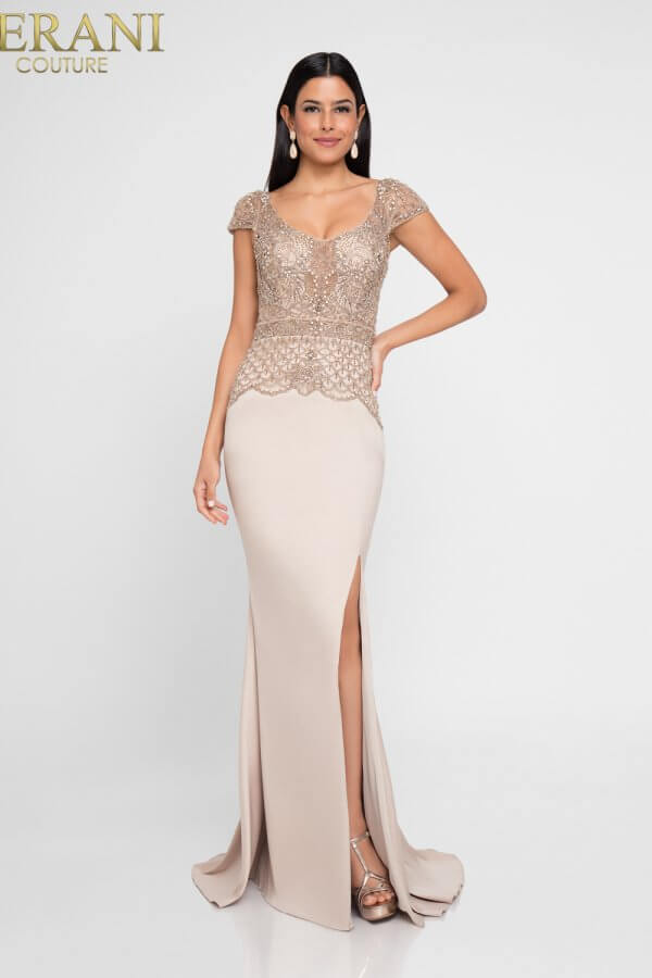 1811M6578_Champagne_Front