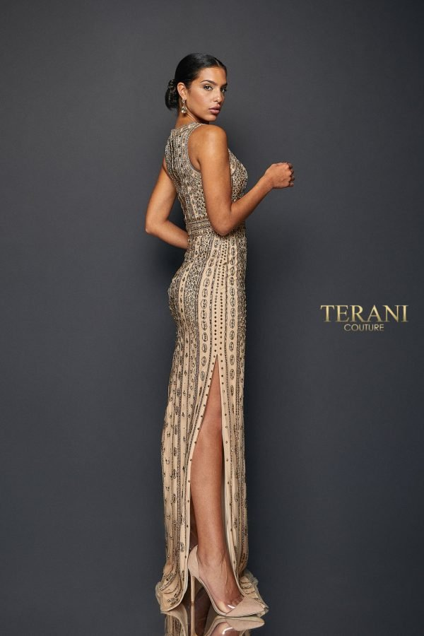 DRAMATIC TWO TONE BEAD GOWN | 1911GL9470