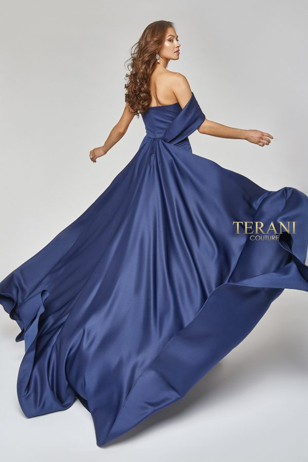 Matte Satin On-Off Shoulder Gown with Train - 1921E0098