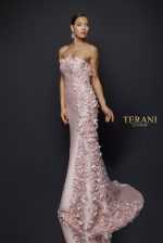 Delicate 3d Fabric Petal Accented Strapless Gown - 1921E0115