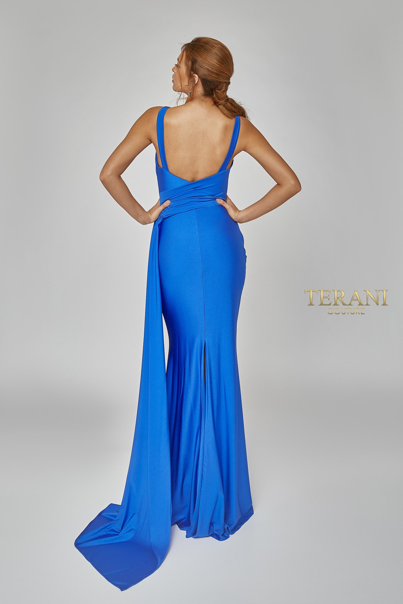 Back dress image for style number 1921E0120