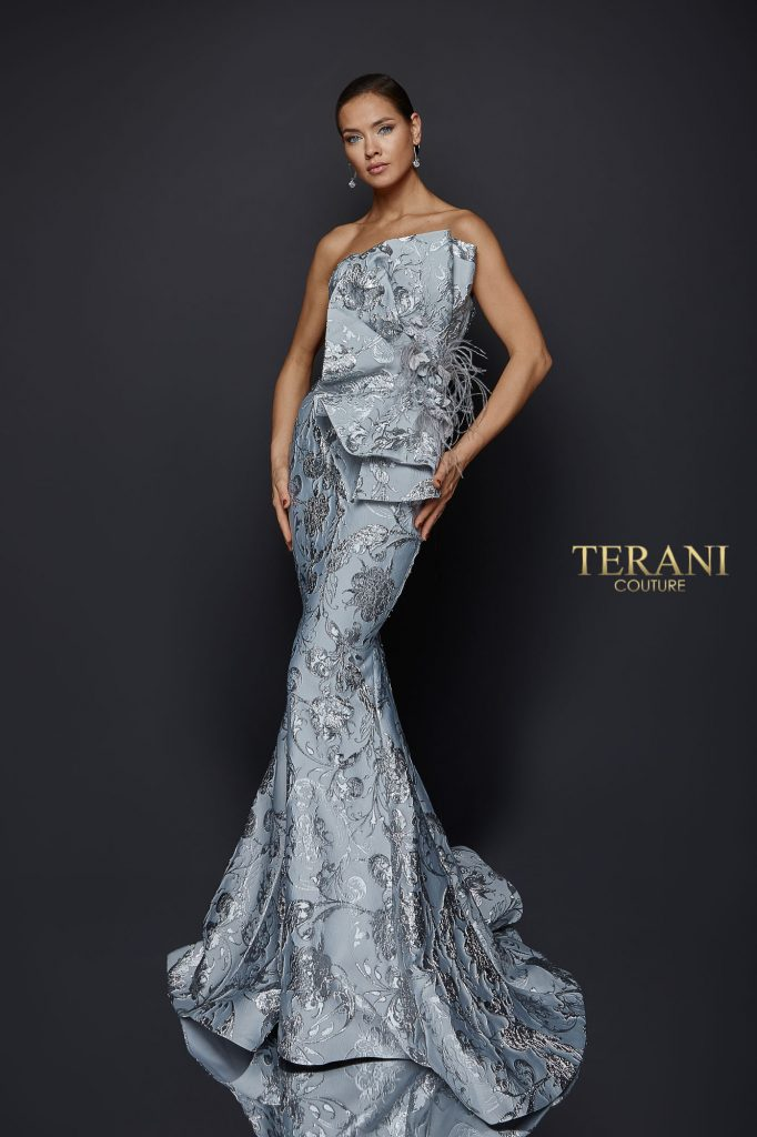 Dramatic Pleat Fan Jacquard Gown - 1921E0137