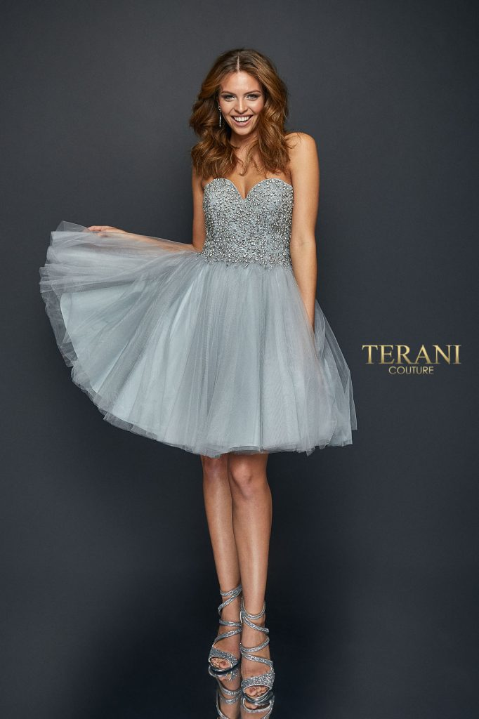 Glamorous Sweetheart Neckline Bodice Covered in Crystals - 1921H0320