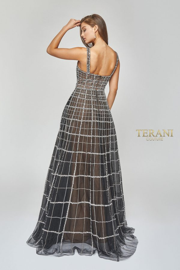 Deep v neck fit and flare gown - 1922GL0663
