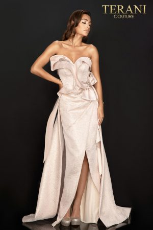 Uniquely structured strapless metallic Jacquard evening dress – 2011E2073