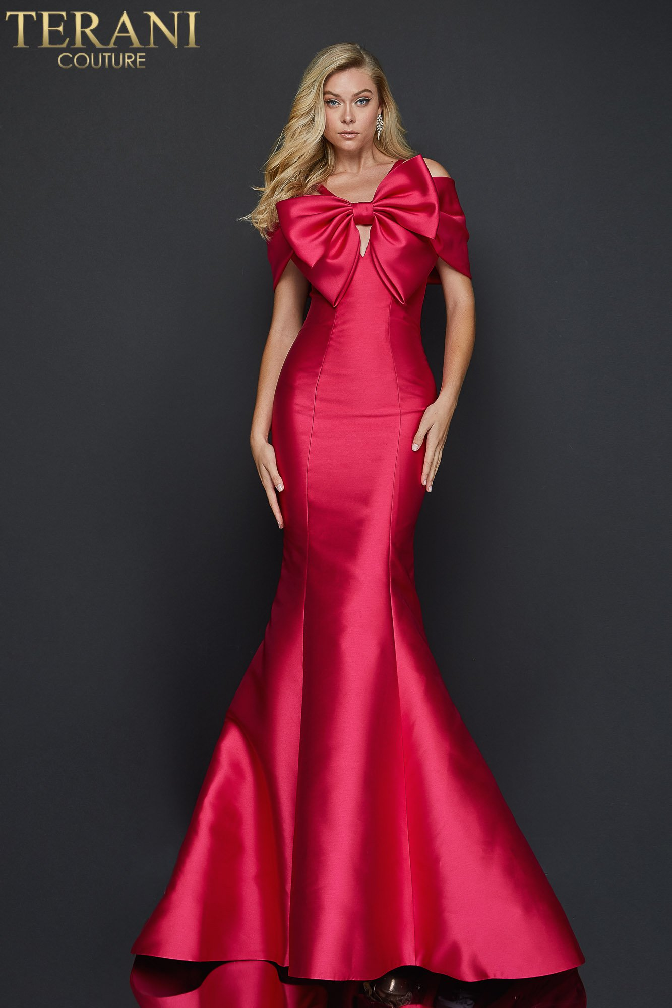 Figure hugging mermaid Mikado evening gown with a dramatic bow - 2012E2279