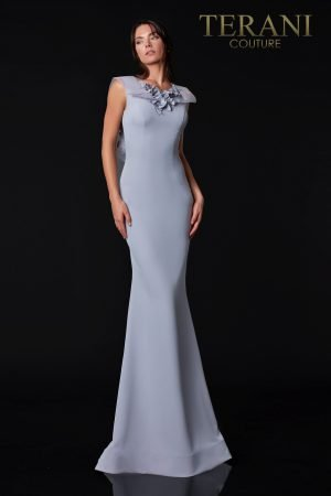 Elegant Evening Dress With Back Detail – 2111E4752
