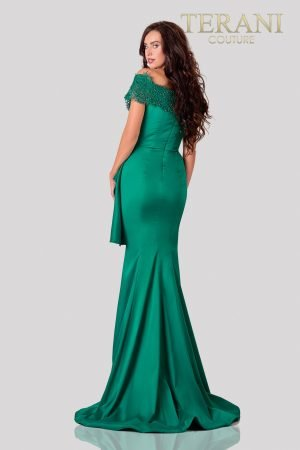 Emerald Mother Of The BrideDress In A Trumpet Fit – 2111M5255
