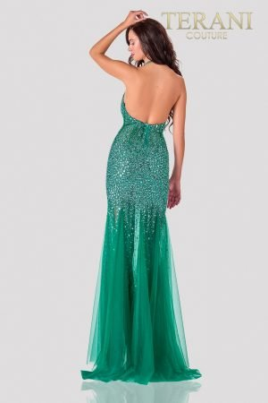 Emerald Prom Dress With A Sleek Crystal Finish – 2111P4059